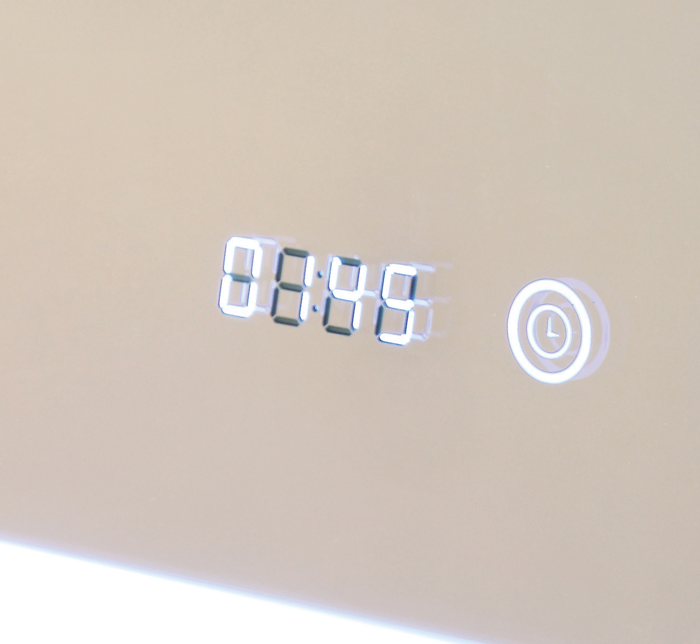 antibeschlag badspiegel led beleuchtet mit digital uhr zwickau 80x60 a ip44 ebay. Black Bedroom Furniture Sets. Home Design Ideas